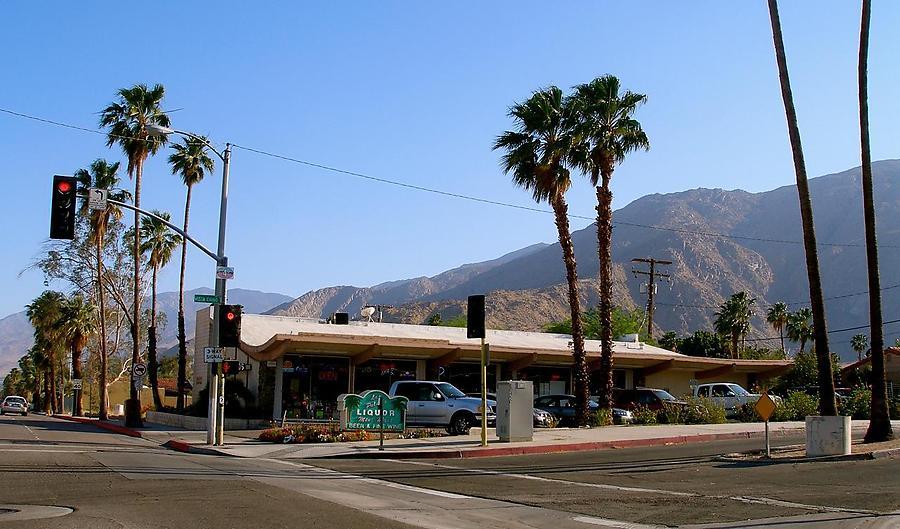 Encore-Palm-Springs_10_defaultbody