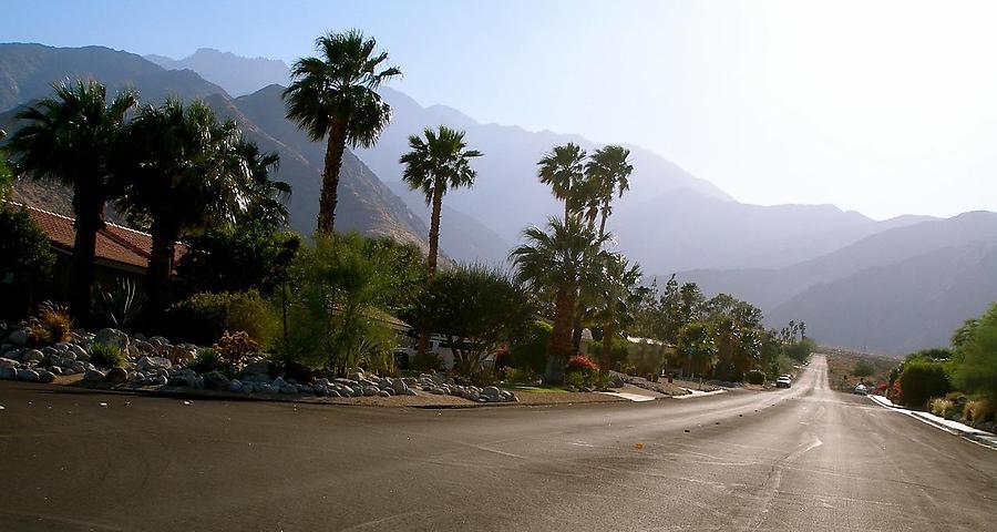 Encore-Palm-Springs_8_defaultbody