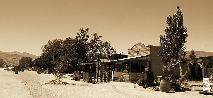 Pioneertown_1_defaultbody