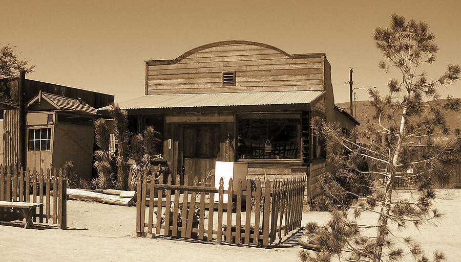 Pioneertown_2_defaultbody