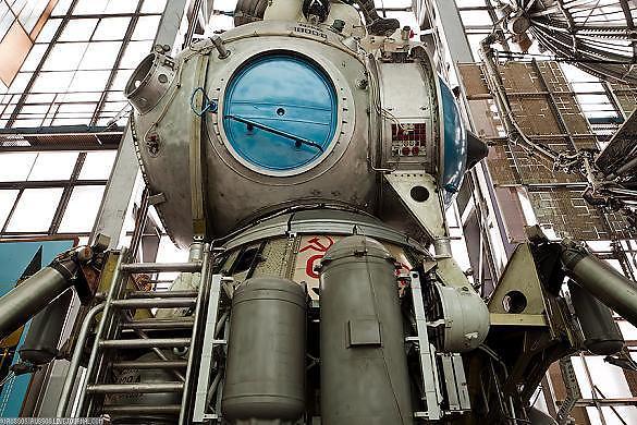 Apollo-18_2_defaultbody